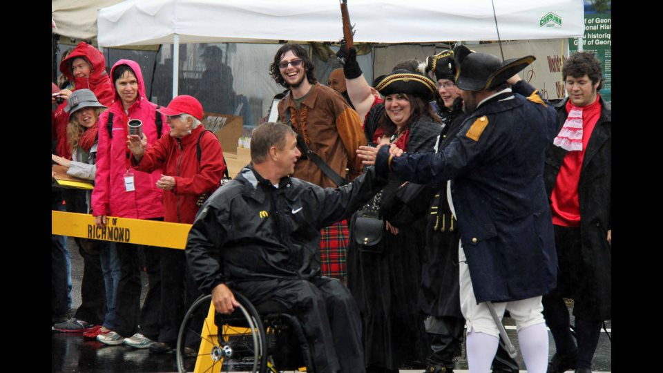 Shady Isle Pirates Greet Rick Hanse 25th man in motion anniversary tour